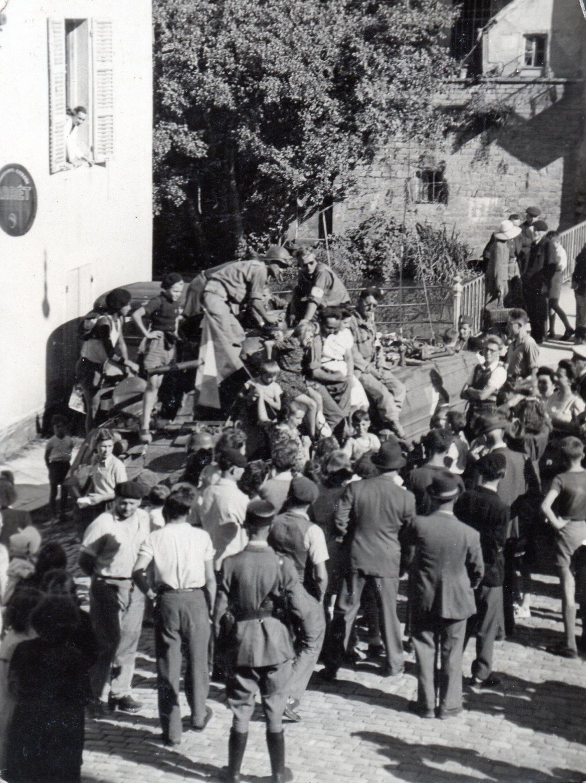 1944 09 04 liberation de charolle 4 septembre 1944 001