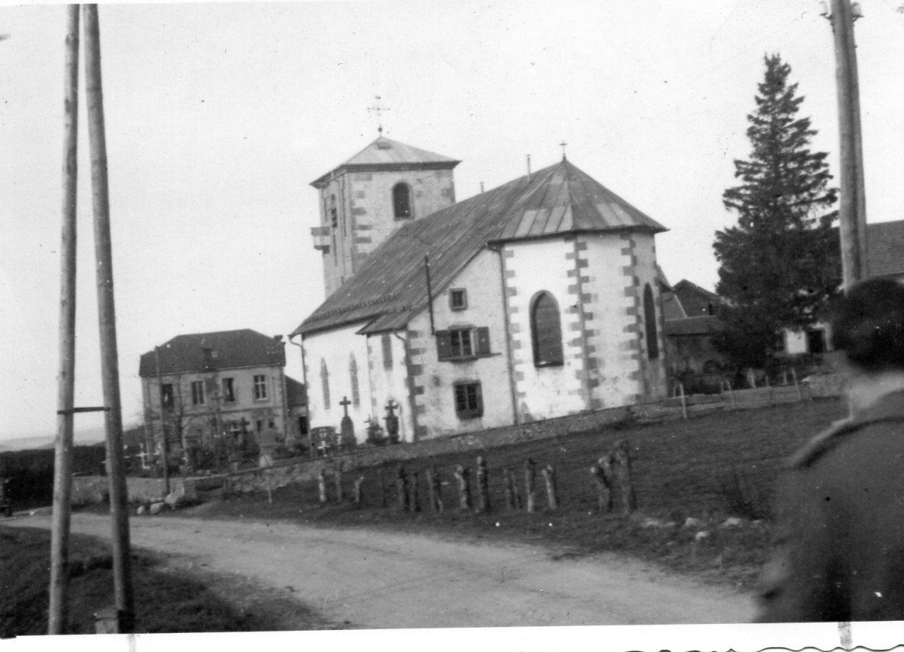 1944 11 eglise du haut dutot 1945