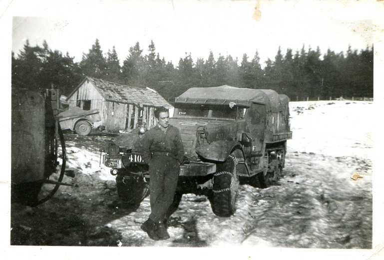 2 rsar le lac blanc 24 11 1944 albert berdah devant le half track