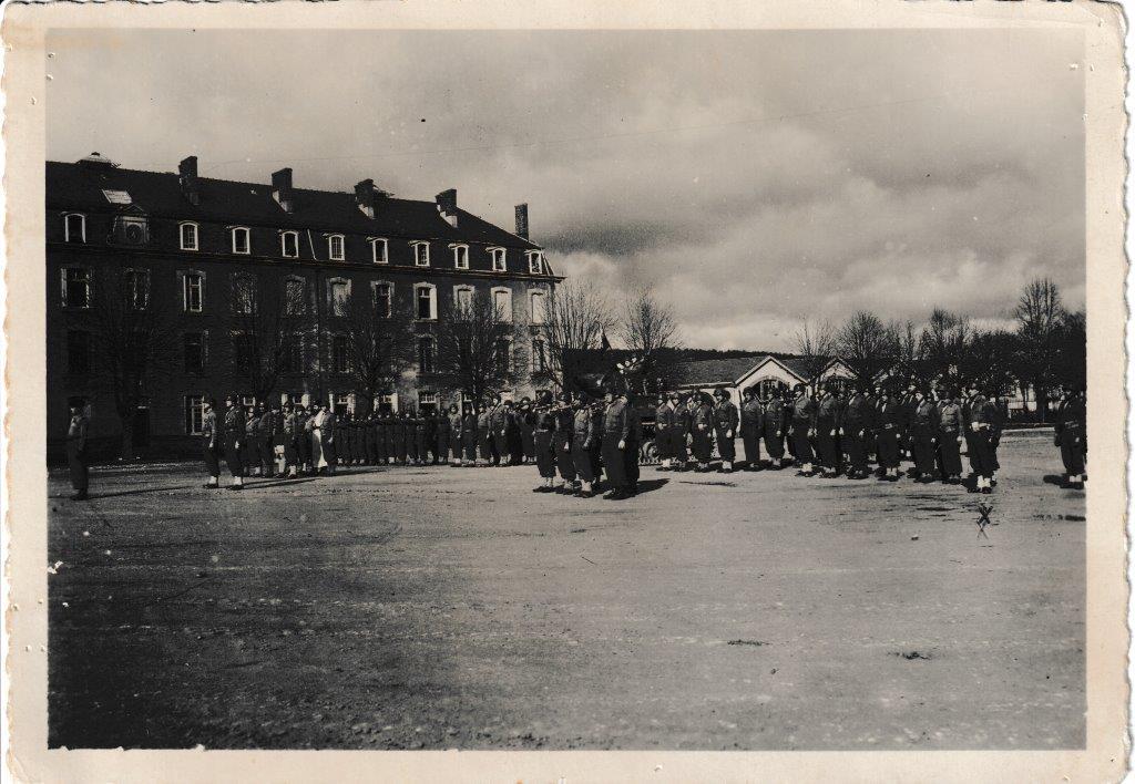 Prise d armes du 1er escadron hericourt 12 ou 14 fevrier 1945 1