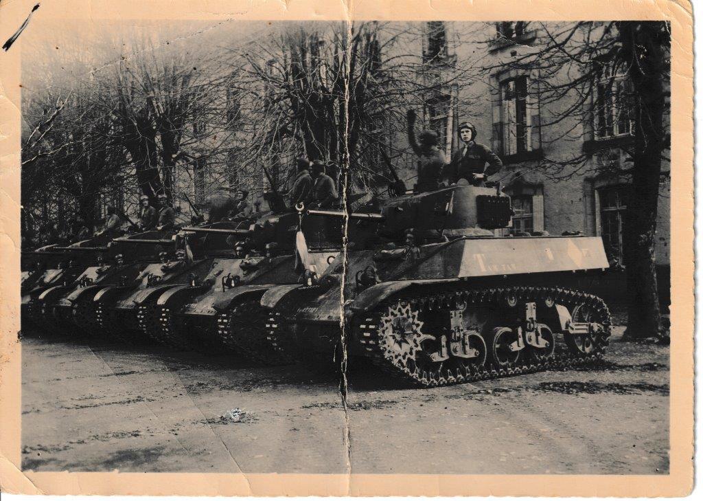 Prise d armes du 1er escadron hericourt 12 ou 14 fevrier 1945 2